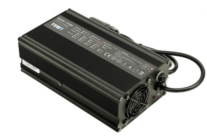 Ultra Fast Battery Charger (for 12S batteries)